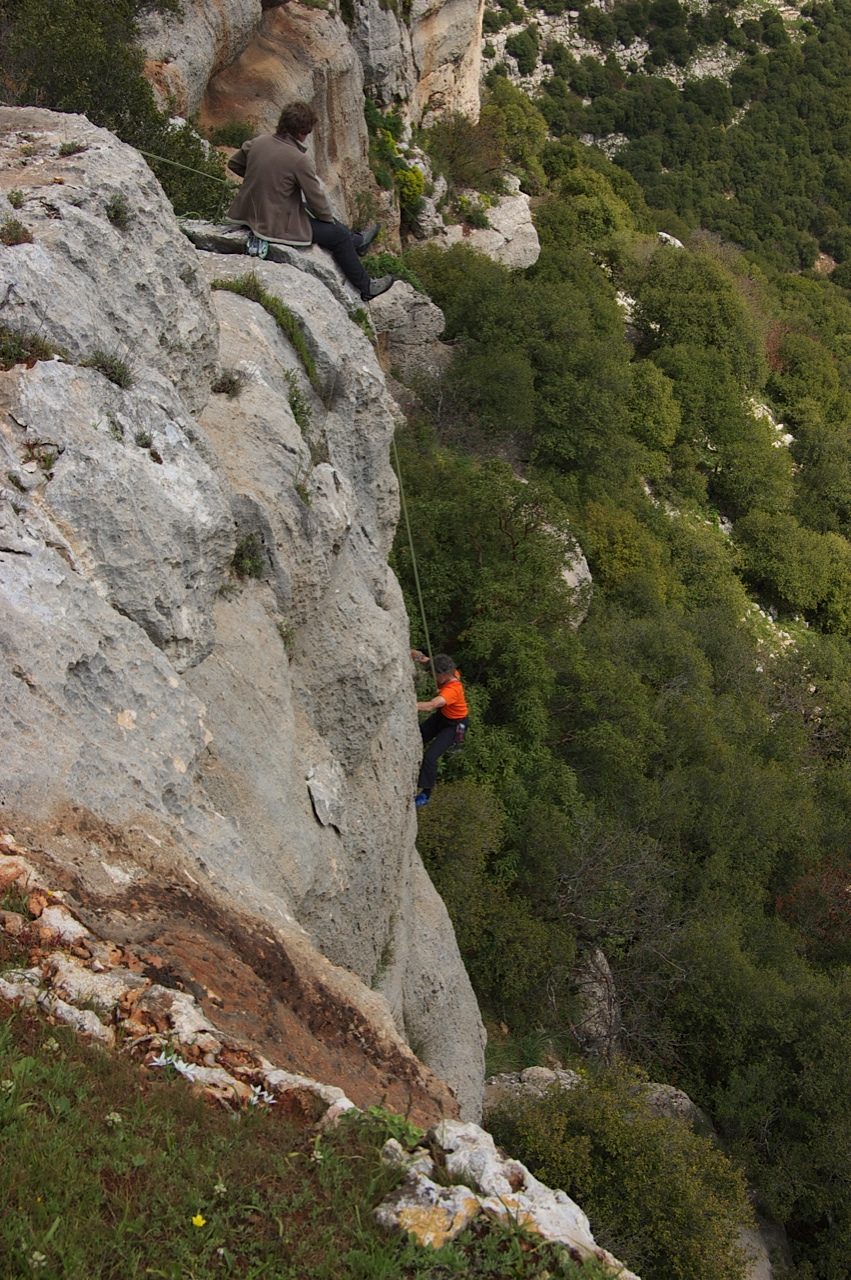 Climbing in Al Ayoun Jordan (DSC_0078)