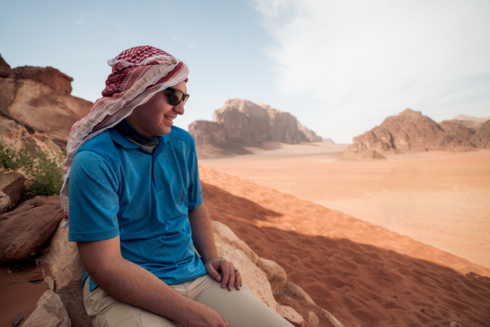 12cd7e0e03d What to Wear When Traveling to Jordan – Engaging Cultures Travel
